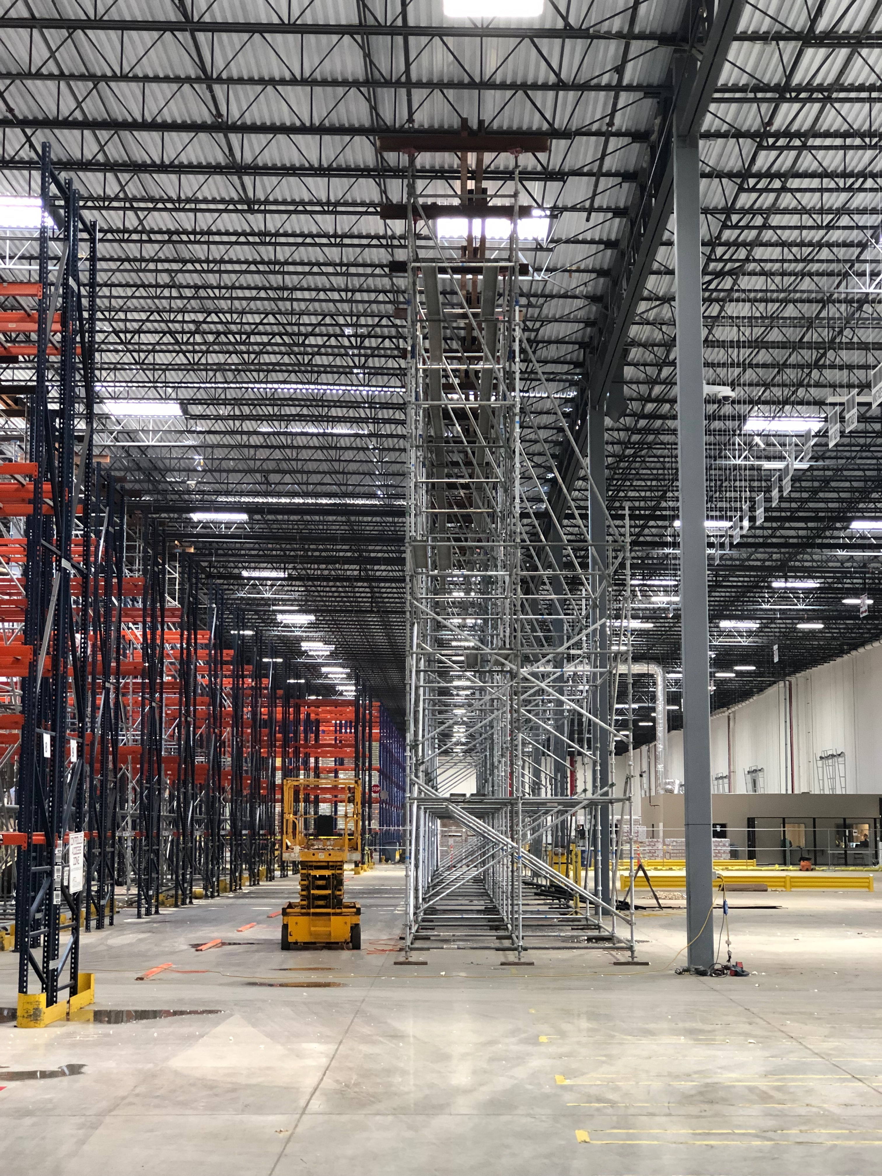 industrial scaffolding constructed for a large warehouse - International Equipment